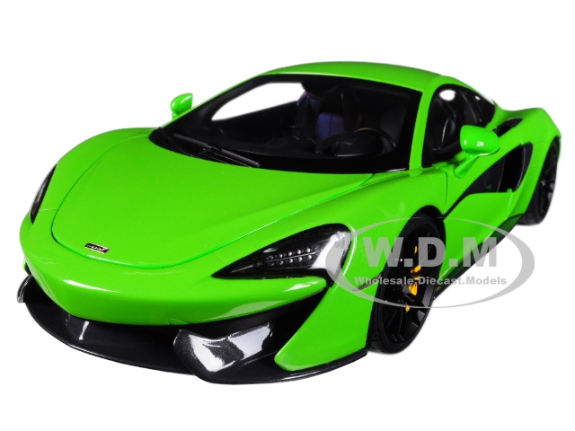 McLaren_570S_Mantis_Green_with_Black_Wheels_118_Model_Car_by_Autoart