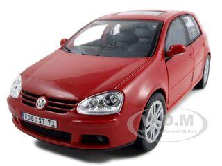 Volkswagen Golf V Red 1/18 Diecast Model Car by Bburago