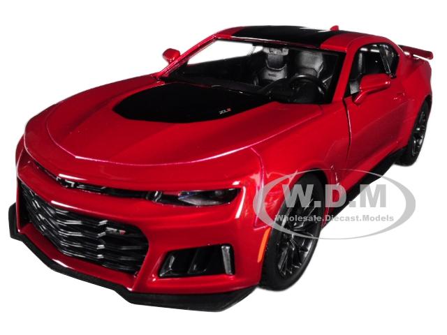 2017_Chevrolet_Camaro_ZL1_Burgundy_124_Diecast_Car_Model_by_Motormax
