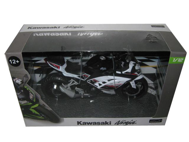 Kawasaki Ninja White Motorcycle Model 1/12 By Automaxx
