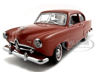 1951-kaiser-henry-j-indian-ceramic-platinum-edition-trunk-118-diecast-car-model-by-sunsta