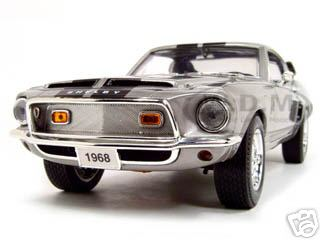 1968_Shelby_GT_500KR_Silver_118_Diecast_Model_Car_by_Road_Signature