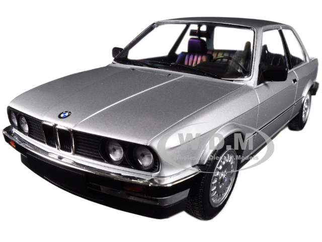 1982_BMW_323i_Silver_Limited_Edition_to_702_pieces_Worldwide_118_Diecast_Model_Car_by_Minichamps
