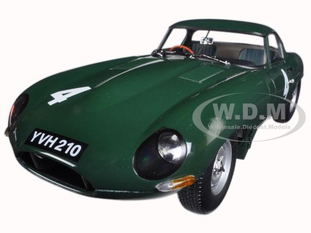 Jaguar Lightweight E-Type Sutcliffe YVH210 4 Green 1/18 Diecast Model Car by Paragon (98342) photo