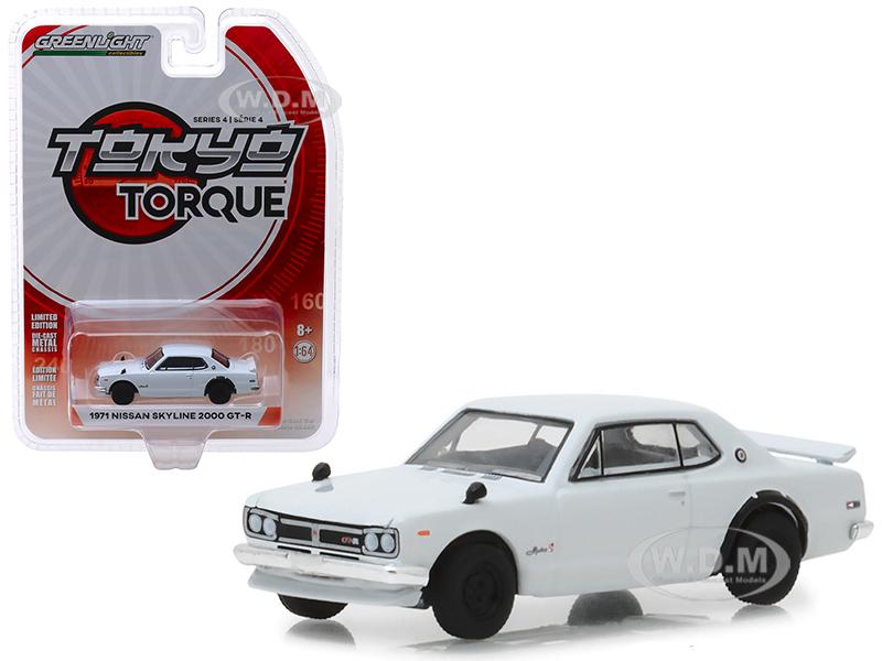 1971_Nissan_Skyline_2000_GTR_White_Tokyo_Torque_Series_4_164_Diecast_Model_Car_by_Greenlight