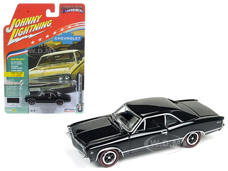 1967 Chevrolet Chevelle Gloss Black Muscle Cars USA 1/64 Diecast Model Car by Johnny Lightning