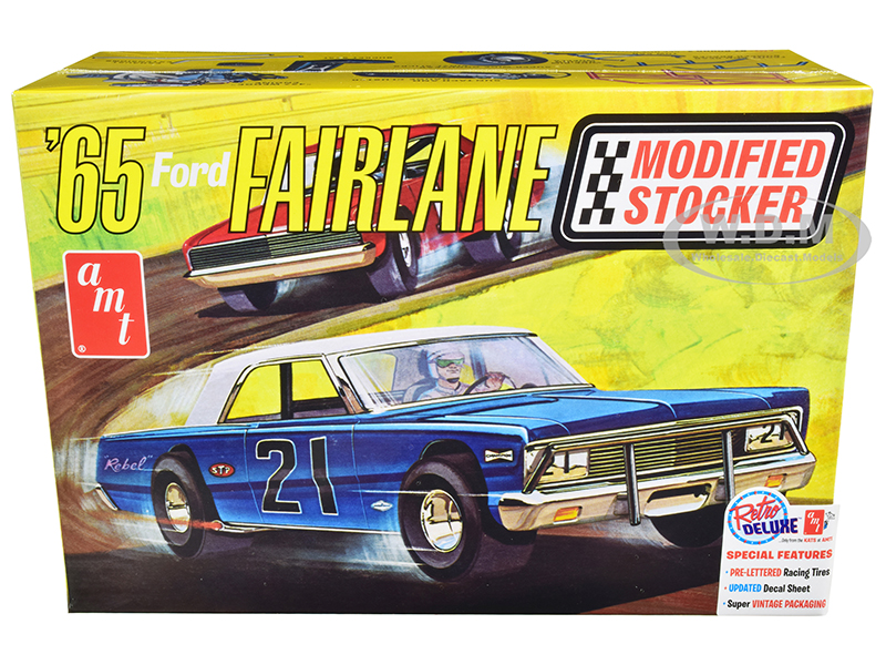 skill-2-model-kit-1965-ford-fairlane-modified-stocker-125-scale-model-by-amt